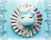 Needle felt unicorn rosette badge, beautiful magical unicorn bag charm, whimsical handmade animal brooch, kids birthday gift, gift under 25