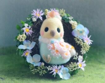 Needle felt wool bird with flower nest, handmade bird doll figurine, bird nest, Easter decoration, spring home decor ornament, gift under 40