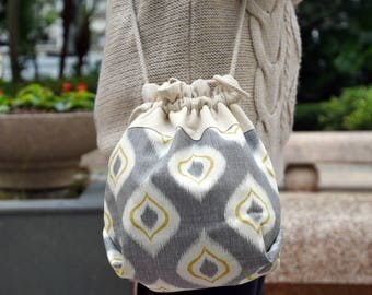 3 in 1 handbag / shoulder bag / crossbody bag ~ Candle light (A35)