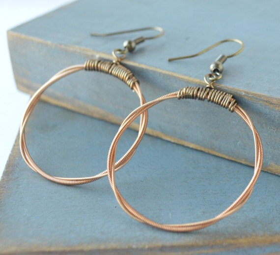 upcycled guitar string hoop earrings by hangupsjewelrydesign. Black Bedroom Furniture Sets. Home Design Ideas