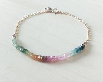Genuine tourmaline bracelet - 14K gold filled chain - Gemstone bracelet - Handmade jewelry - Everyday jewelry - Minimalist jewelry