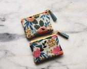 Coin Purse Zipper Pouch - Floral Cotton Linen Canvas - Gift Card Holder