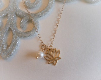 Gold Lotus Necklace, Freshwater Pearl Necklace,Gift for Best Friend, Yoga Jewelry, Lotus Flower, Jewelry with Meaning, Sister Jewelry