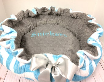 Dog Bed, Pet Bed, Aqua Chevron Dog Bed, Personalized Pet Bed, Round Dog Bed