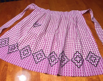 Apron, Vintage 1960's Purple Gingham kitchen Apron with a cross stitch design by MarlenesAttic