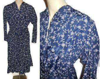 Vintage 1950s Dress Rockabilly Day Dress Dark Blue Taffeta White Abstract Squiggle Pattern Full Skirt So Flattering! From Amsterdam L XL