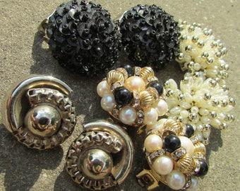 Lot Vintage Clip On Earrings