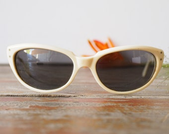 Vintage Sunglasses American Made By Artcraft 1960's Ivory Color Frame Cute Semi Cat Eye