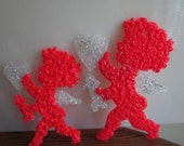 """Set of 2 Melted Plastic Popcorn 10"""" and 13"""" Valentine Cupids"""