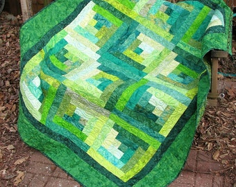 Lap Quilt, Sofa Quilt, Quilted Throw - Log Cabin Emerald Forest