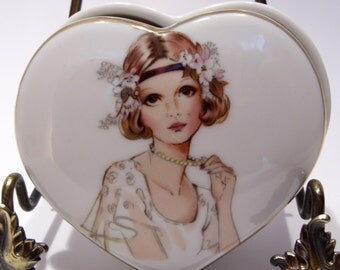 Fine Quality Flapper Porcelain Heart Box by Lego Made in Japan Great Valentine's Gift!