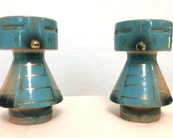 Vintage blue and salmon totem salt and pepper shaker pair vintage Native American eagle salt and pepper shakers
