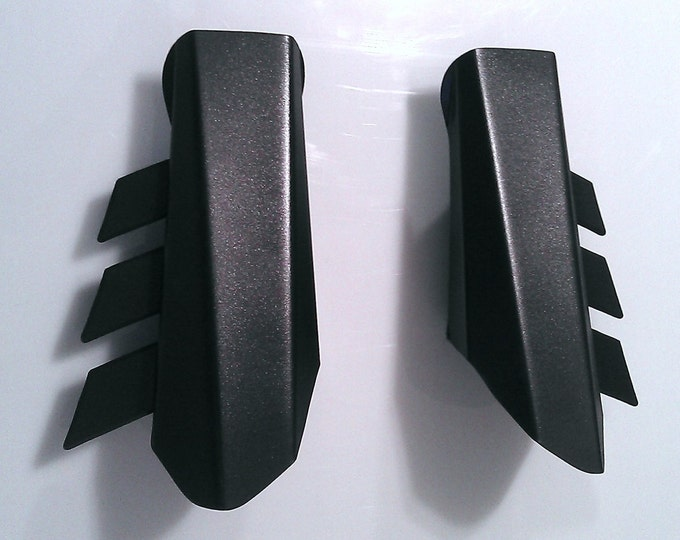 Metal Batman Gauntlets - Dawn of Justice Fin Style