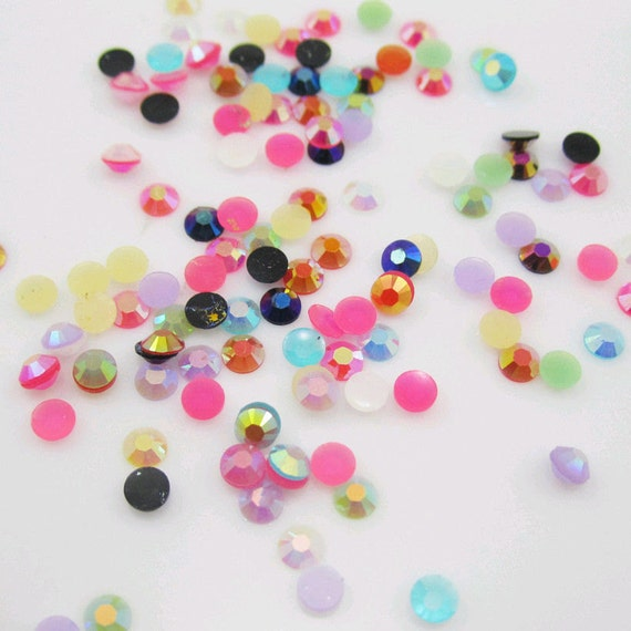Mixed AB Colours Flat Back Round Resin Rhinestones Embellishment Gems C56