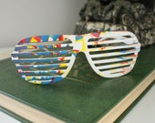 vintage 1980s white spatter painted louvered sunglasses: slatted shutter shades, retro slatted sun glasses, white,red,blue,yellow, 80s PARTY