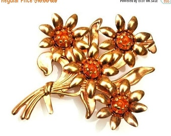 Flower Brooch gold  with Amber Orange Glass  cabochon Mid century Pin