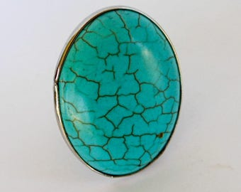 Vintage Faux Oval Turquoise Ring     Size 8 up    Faux Turquoise  Silvertone