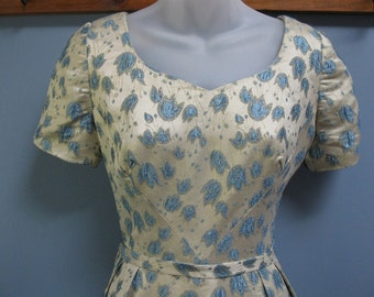 Vintage 1960's Cream Blue Silver Brocade Evening Dress