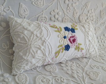 "Vintage Chenille Pillow Cover Cabin Crafts and Morgan Jones ""Cottage Bouquet"""