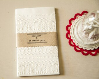 """Paper bags embossed  """"Christmas"""" set of 10 Sun 8,7cm x 13cm over flap"""