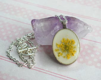 Yellow Flower Necklace - Dried Flower Necklace - Real Flower Jewellery - Girlfriend Gifts - Boho Necklace - Wedding Jewellery -