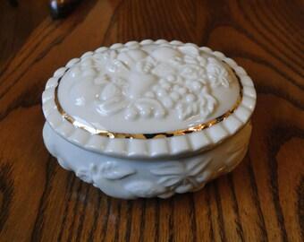 Classic Lenox Covered Trinket Box, Cream Ivory Embossed Grapes, Cherries & Fruit Dresser Box, Oval Ring Jewelry Storage, Vanity Décor