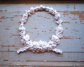 Shabby Chic FURNITURE APPLIQUES Large Floral Wreath Flexible Paintable No limit shipping 5.95 USA