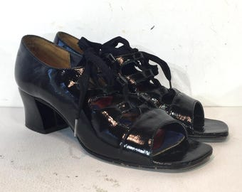 1960s black openwork lace-up maryjanes with open toes - size 6 - 60s black lace-up shoes - 1960s mod black shoes - 1960s black lace up shoes