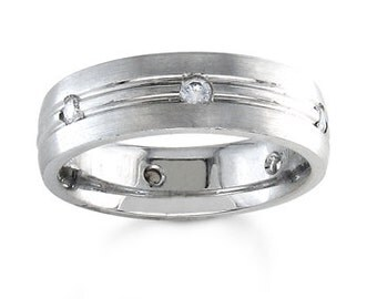 Men's Wedding band 14k White Gold 8mm width with rounded edges 0.25 ctw