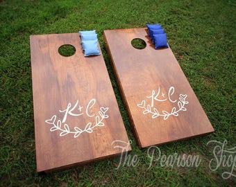 Vine & Initials Custom Cornhole Set