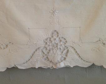 Vintage Embroidered Openwork Cutwork Pillowcase, Vintage King Embroidered Pillow Case, Embroidered White Flower, Scallop Edge Pillowcase