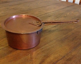 Copper  1 qt saucepan and lid sauce pan French cooking cookware rustic country farmhouse kitchen loop handles for hanging display