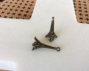 Antique bronze 3D Eiffel Tower charm pendants