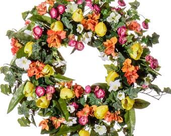 Tulip, Petunia & Ranunculus Wreath (SW921)