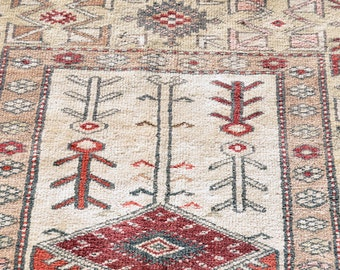 Ivory and Rust Turkish Milas Prayer Rug -- 7 ft. by 4 ft. 3 in.