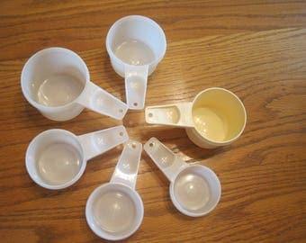 Set Of Six Tupperware Measuring cups
