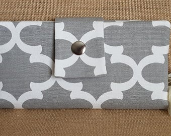 Womens Wallet, Fabric Wallet, Women's Bifold Wallet,  Quatrefoil In Grey