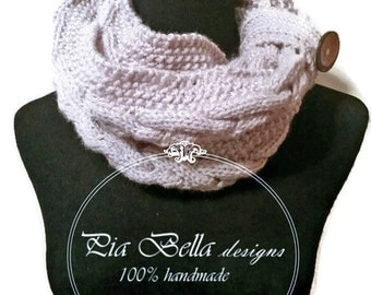 Cable Knitted Cowl, knitted Scarf, Woman's Scarf, Neckwarmer, Scarf With Button, Infinity scarf
