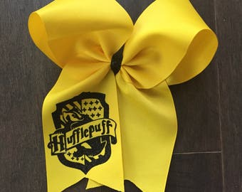 Harry Potter Hogwarts Hufflepuff Hair Bow Universal Studios Hermoine Granger Ron Weasley Universal Studios Hogsmeade