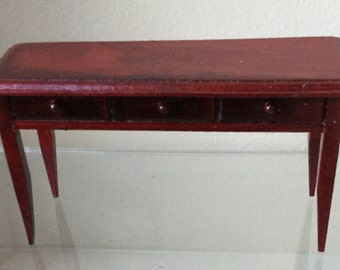 "Dollhouse Miniature Sofa Table in 1"" Scale  (AT)"