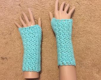 Minty Fingerless Gloves