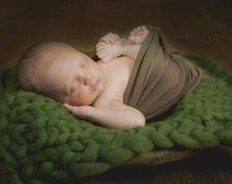 Newborn Bump Blanket, Chunky Knit Bump Blanket, Layering Blanket, Basket Filler, Basket Stuffer, Newborn Prop, mint julep
