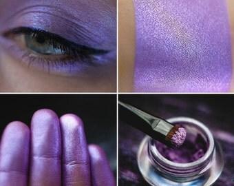 Eyeshadow: Mocker - Fairy. Lilac eyeshadow by SIGIL inspired.