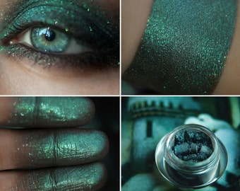 Eyeshadow: Necropolis Keykeeper - Undead. Deep turquoise eyeshadow by SIGIL inspired.