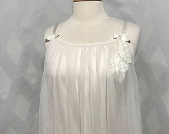 Vintage 1960s Ivory Sheer and Lace Baby Doll Peignoir Set Boudoir Nightgown Pin Up Lingerie