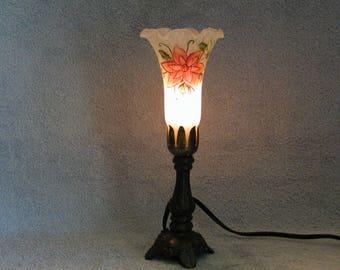 Angels Trumpet Lamp - Floral Motif