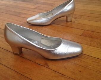 1960s Silver Heels, Size 5B