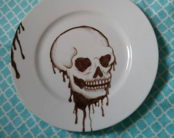 8.5inch Hand Drawn Black and White Dripping Skull Plate Decor