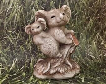 Vintage Koala Figurine, Koala Collection, Koala Bears, Statue, Aussie Kitsch, Australia Souvenir