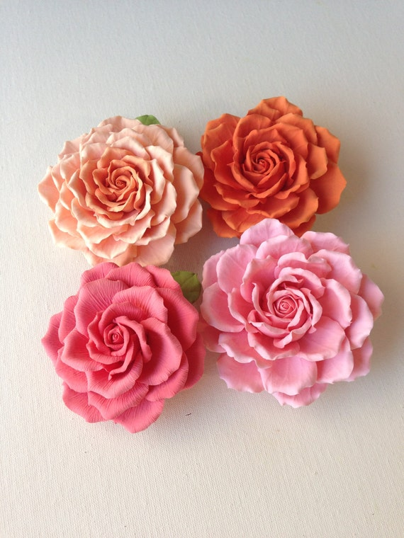 Roses orange and coral . Price for one piece. Hair clip polymer clay flower.
